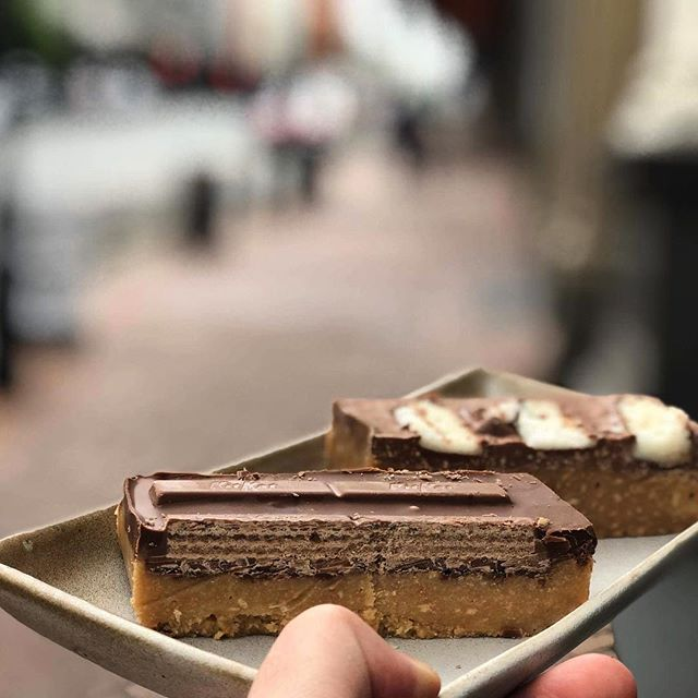 It's raining, it's cold, but hey we have some new slices. Coconut Rough and Kit Kat Ralph. Yummmmmmmmy