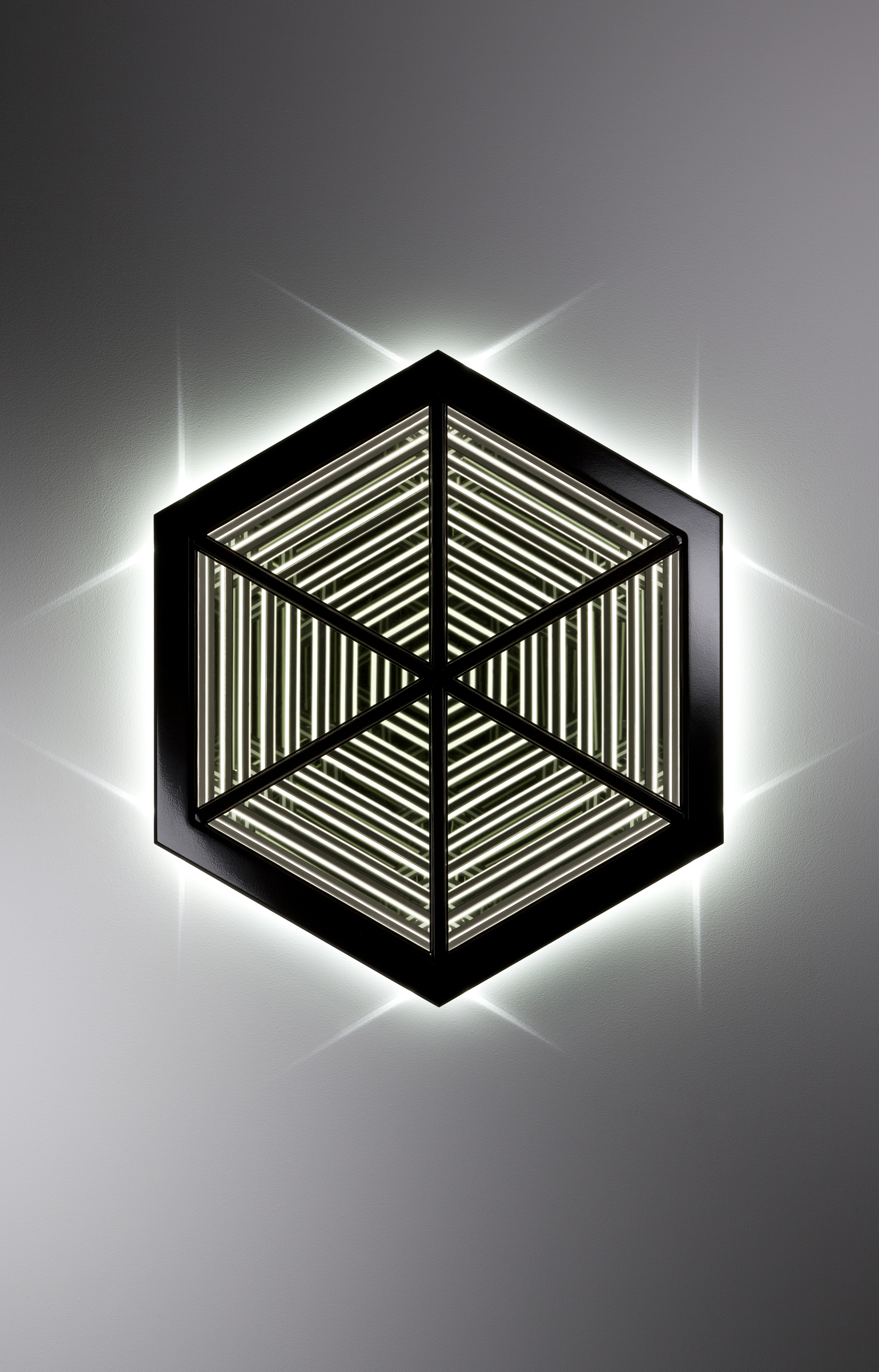 Inhale , wood, mirror, reflective glass, MDF and LED lights, 88 x 76 x 14cm. Photo: Pippy Mount.