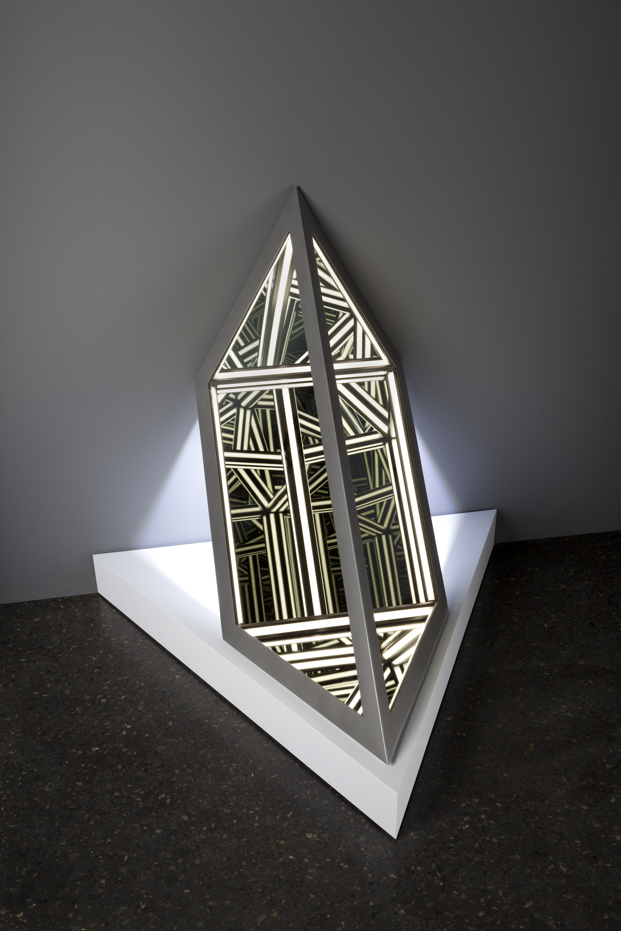 Blank II , wood, reflective glass, mirror, stainless steel, MDF and LED lights, 95 x 102 x 89cm (including plinth). Photo: Pippy Mount.
