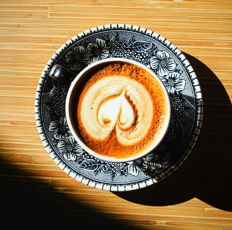 coffee-morning-routine-where-light-plays.jpg
