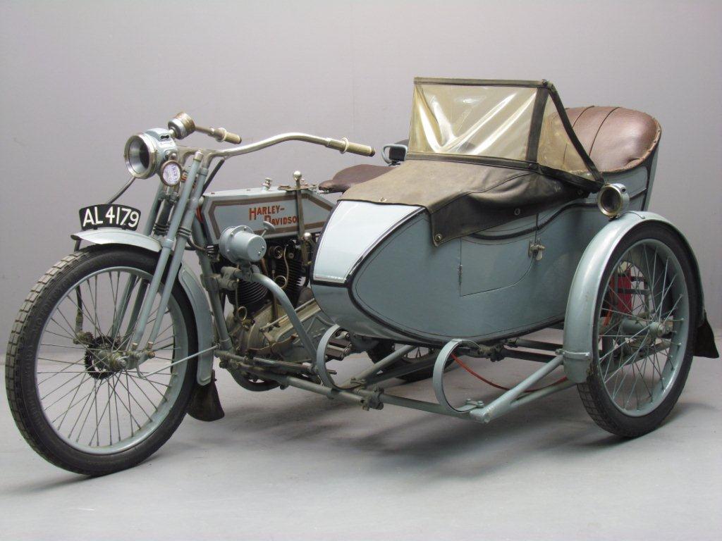 1915 – 11 HP V-Twin