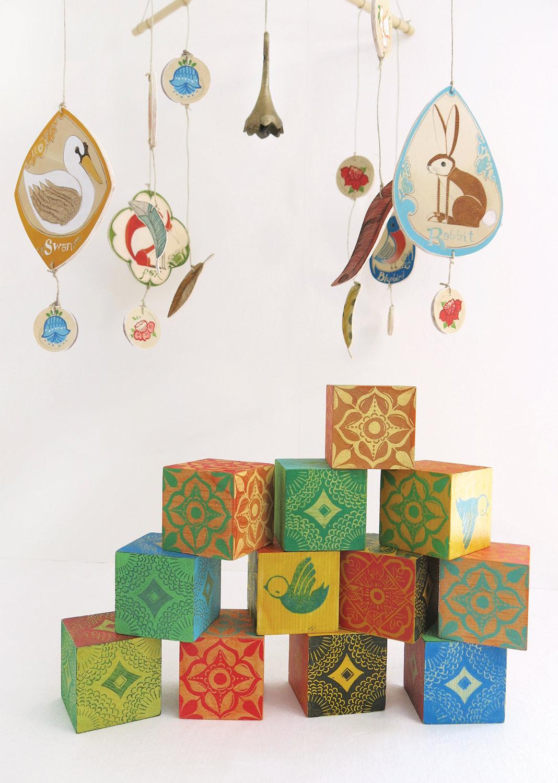 Blocks:wood, stain, linoleum cut  Mobil:balsa wood, archival print