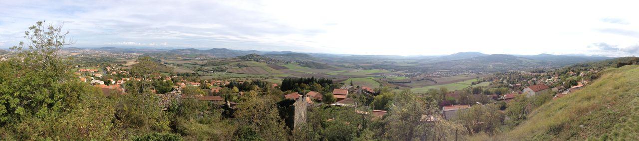 """O 3°7'43"""" / N 45°41'09"""" // LE CREST (FR): panorama 360°    http://www.lecrest.fr/fr/information/25642/vues-village-alentours"""