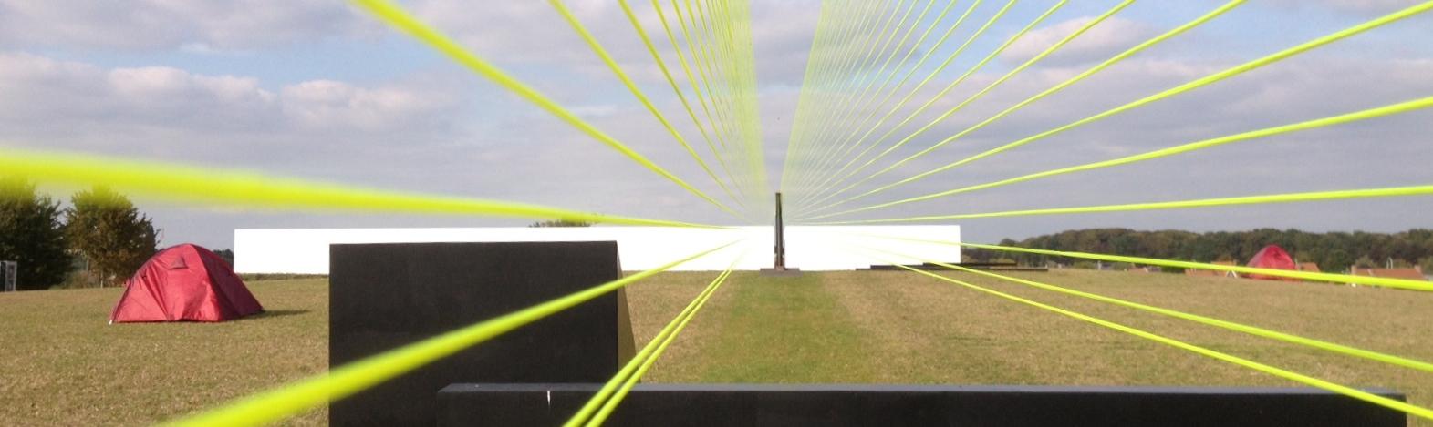 "2. ""floating light green line"", installation 'in situ' lumineuse et auditive (par le vent) par willy cauwelier #be"