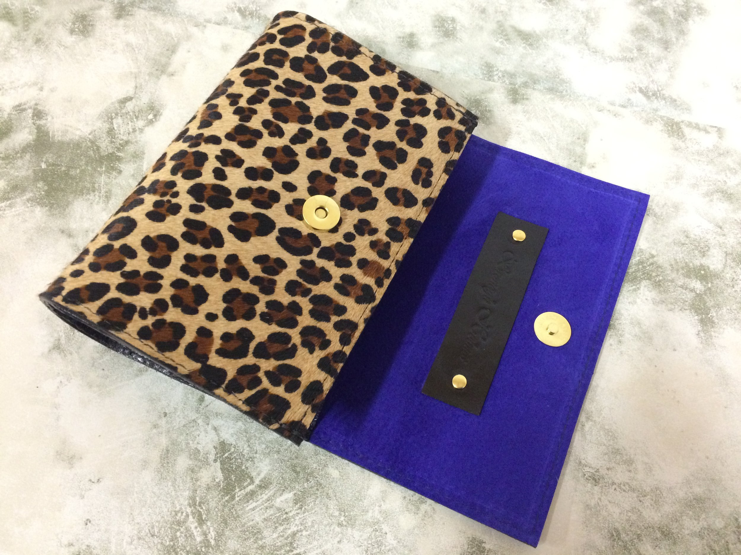 Bronagh Holmes Luxury - Avani - Leopard Print - Interior