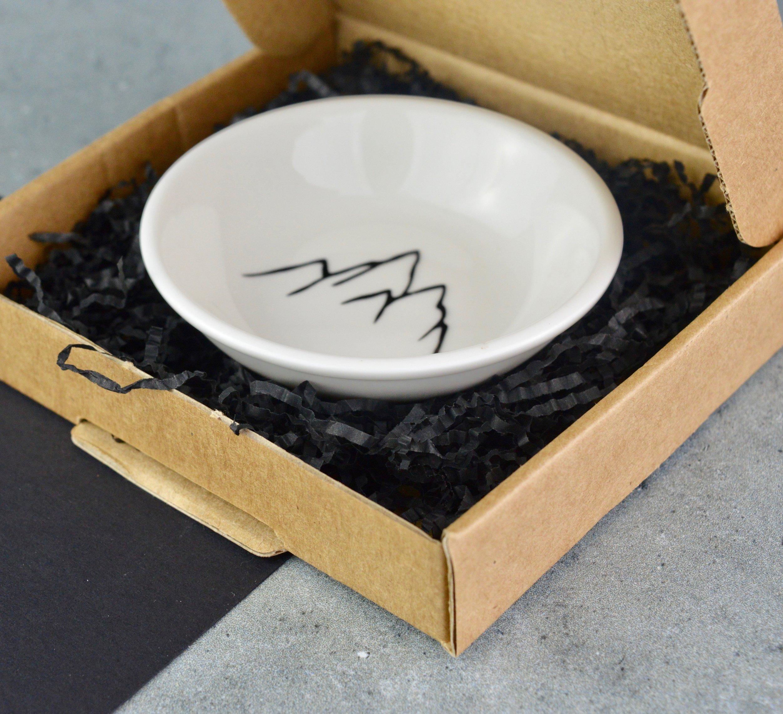 najb-mini-cufflink-dish-giftbox.jpg