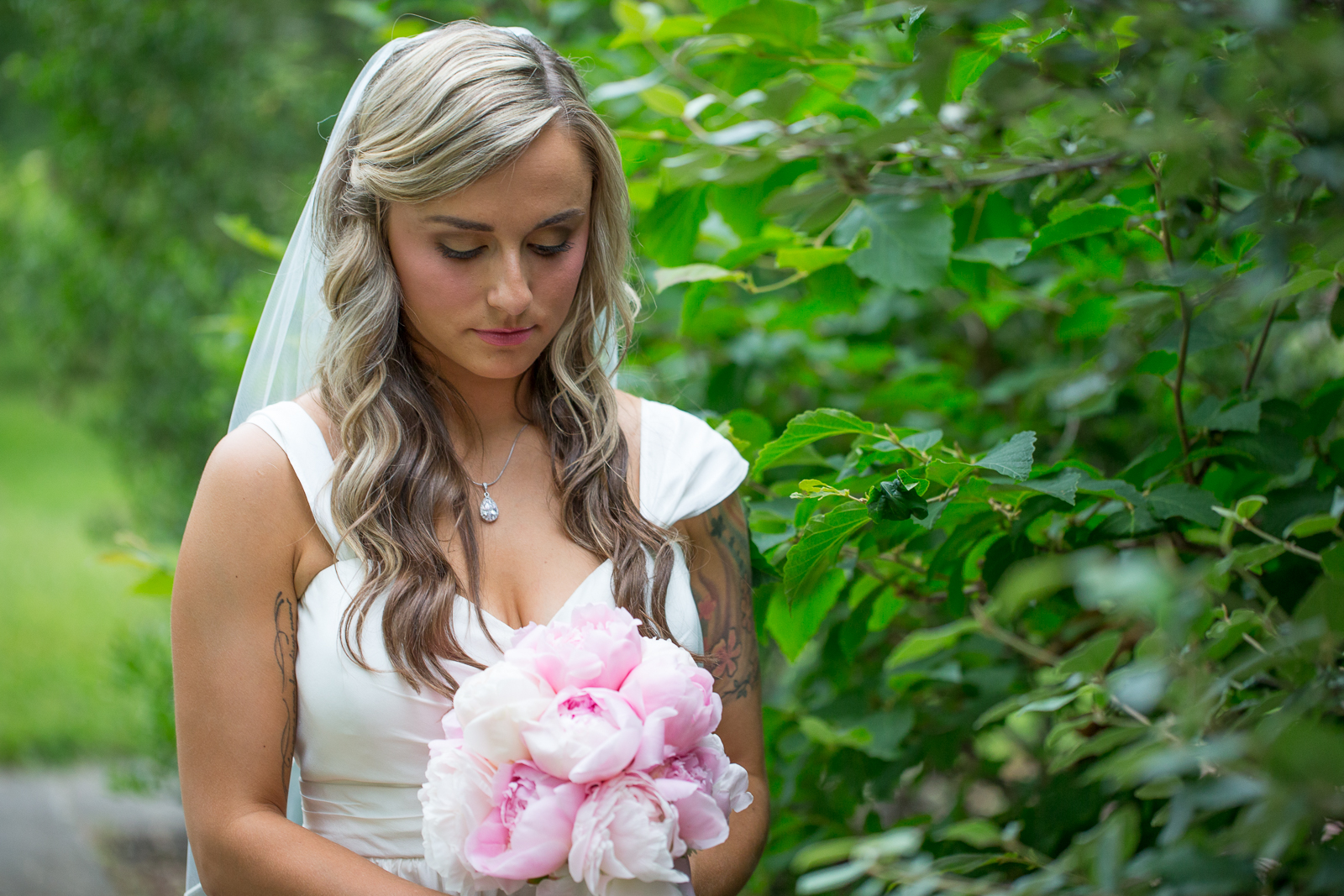 Four_Wings_Photography_Wedding_Red_Barn_at_Hampshire_College-11.jpg
