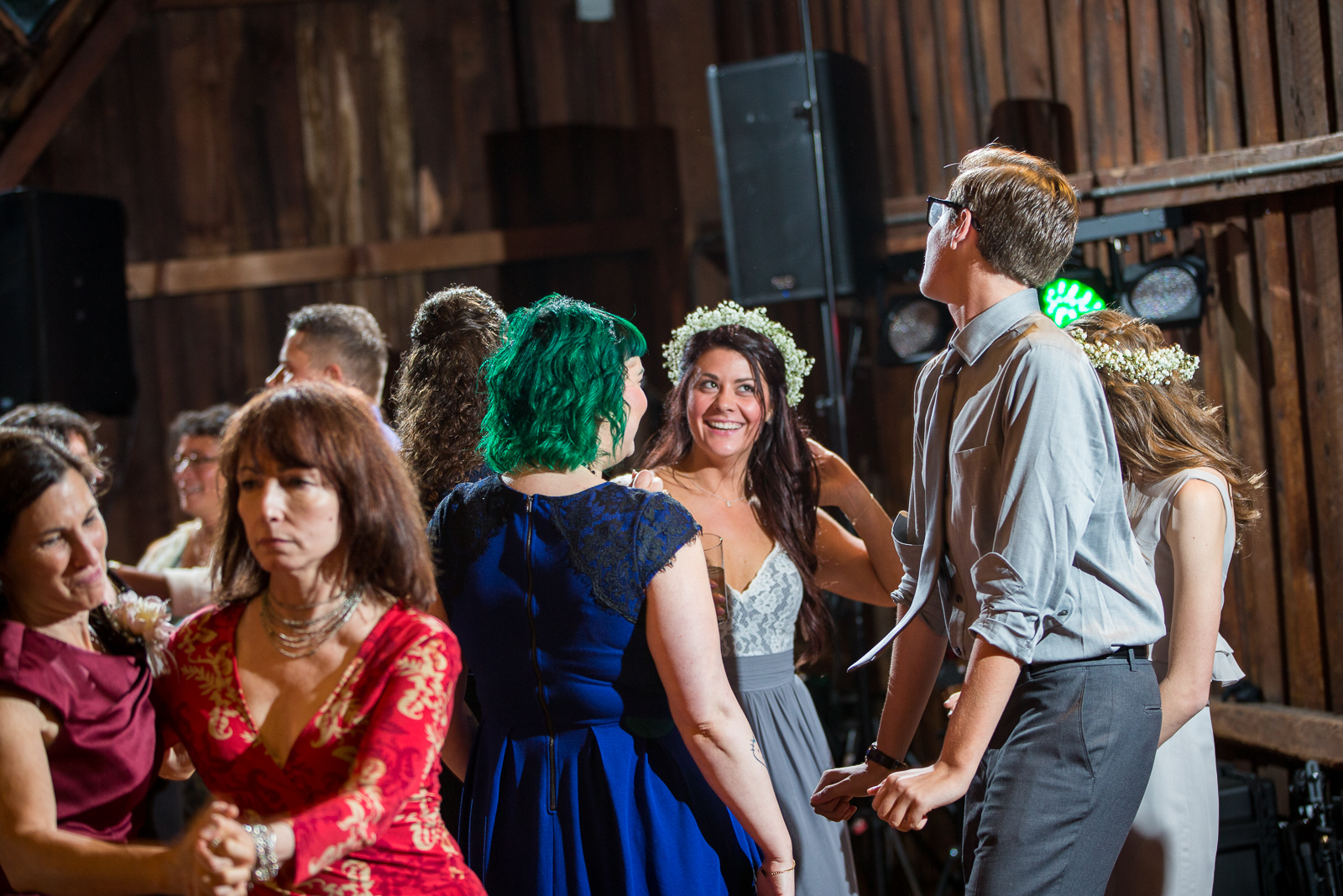 Four_Wings_Photography_Wedding_Red_Barn_at_Hampshire_College-42.jpg