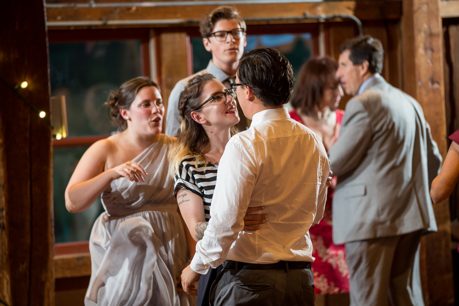 Four_Wings_Photography_Wedding_Red_Barn_at_Hampshire_College-45.jpg