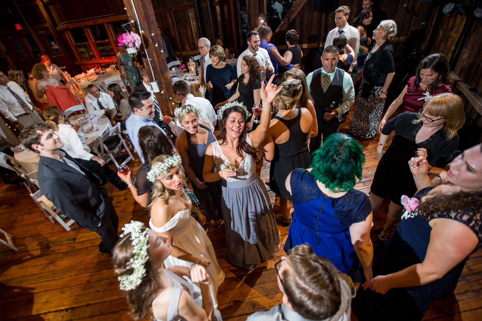 Four_Wings_Photography_Wedding_Red_Barn_at_Hampshire_College-52.jpg