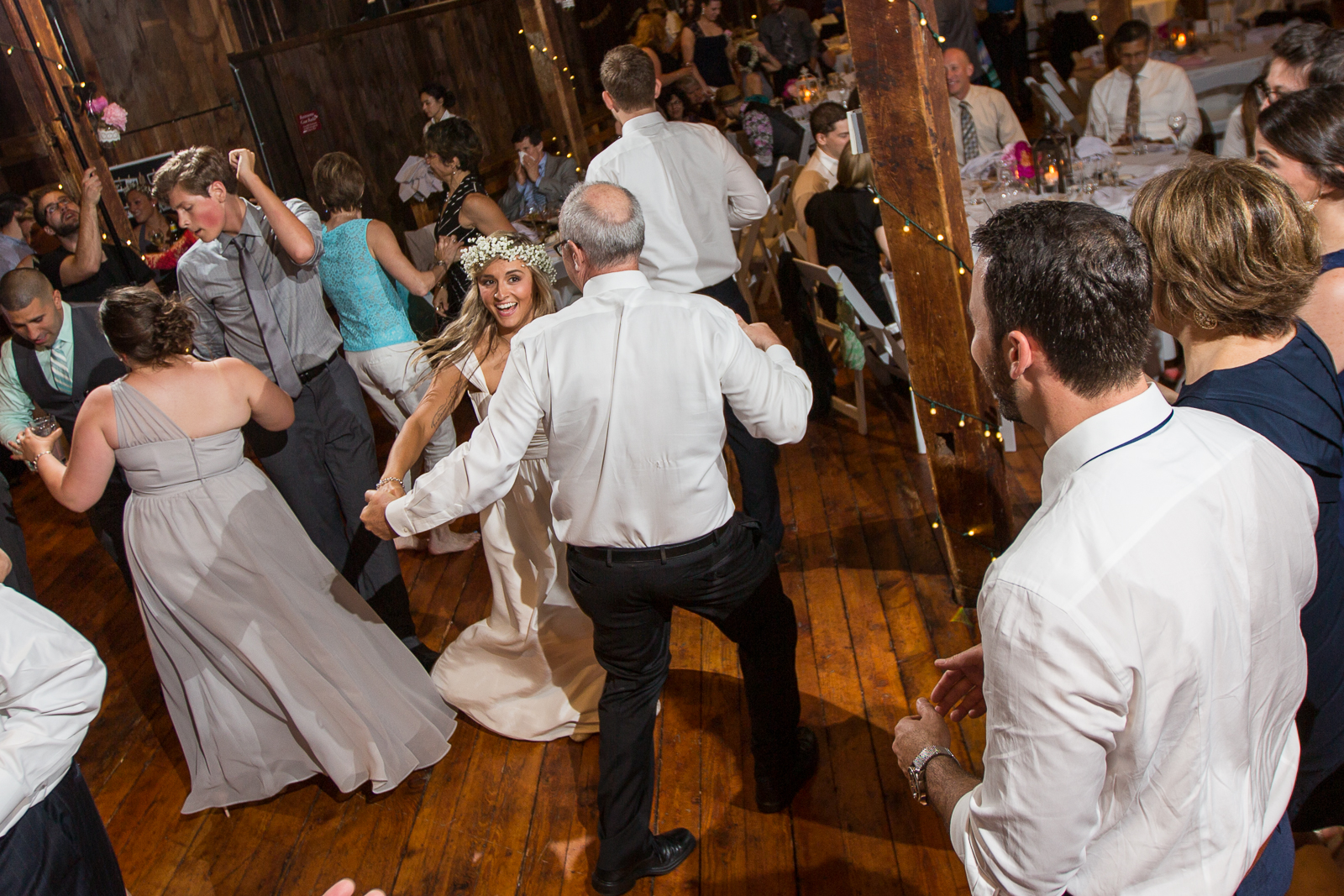 Four_Wings_Photography_Wedding_Red_Barn_at_Hampshire_College-54.jpg