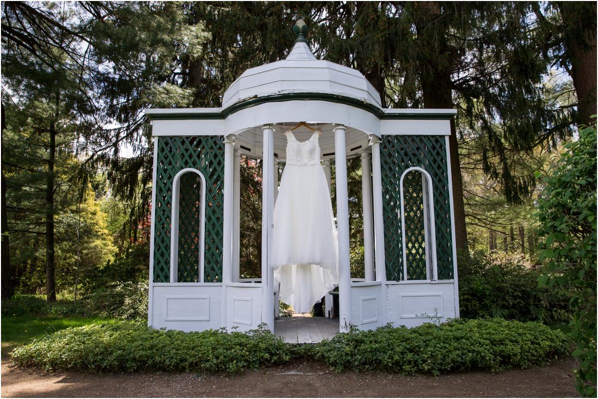 Glen-Magna-Farms-Wedding-Four-Wings-Photography_0002.jpg