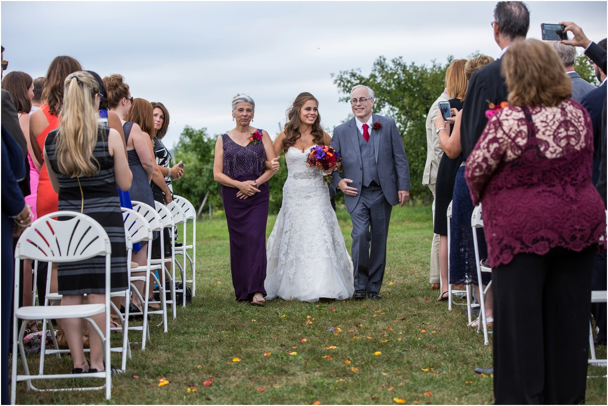 Wedding-at-Alysons-Orchard-Four-Wings-Photography_0062.jpg