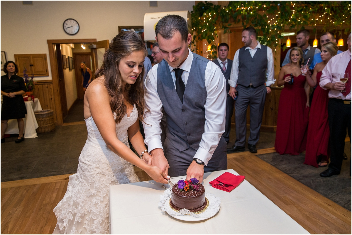 Wedding-at-Alysons-Orchard-Four-Wings-Photography_0116.jpg