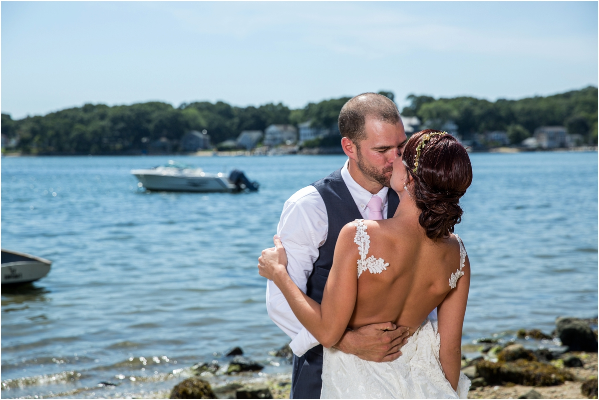 Intimate-Waterford-CT-Wedding-Four-Wings-Photography_0048.jpg