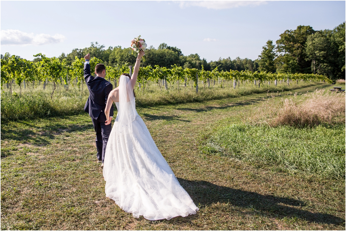 Black-Birch-Vineyard-Wedding-Four-Wings-Photography_0055.jpg