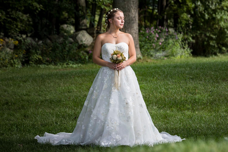 ZukasFarm_Spencer_MA_Wedding_Fourwingsphotography-16.jpg