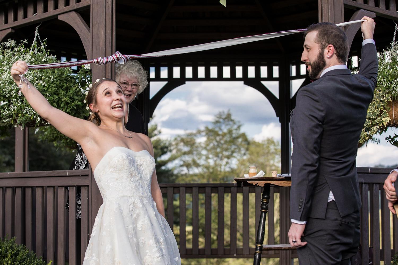 ZukasFarm_Spencer_MA_Wedding_Fourwingsphotography-30.jpg