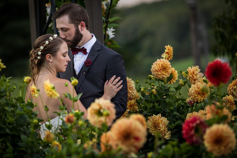 ZukasFarm_Spencer_MA_Wedding_Fourwingsphotography-31.jpg