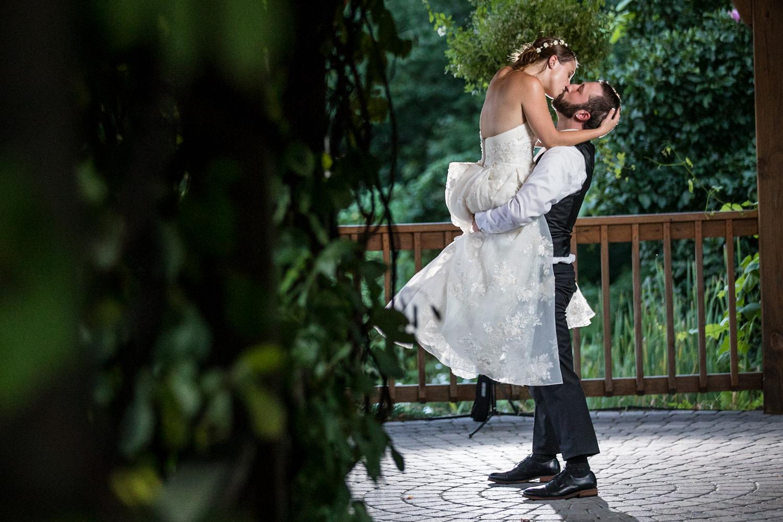 ZukasFarm_Spencer_MA_Wedding_Fourwingsphotography-34.jpg