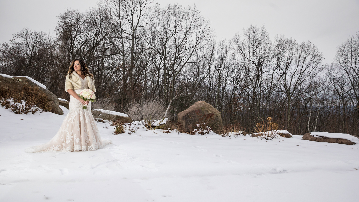 The-Log-Cabin-Wedding-Delaney-House-Wedding-Four-Wings-Photography-16.jpg