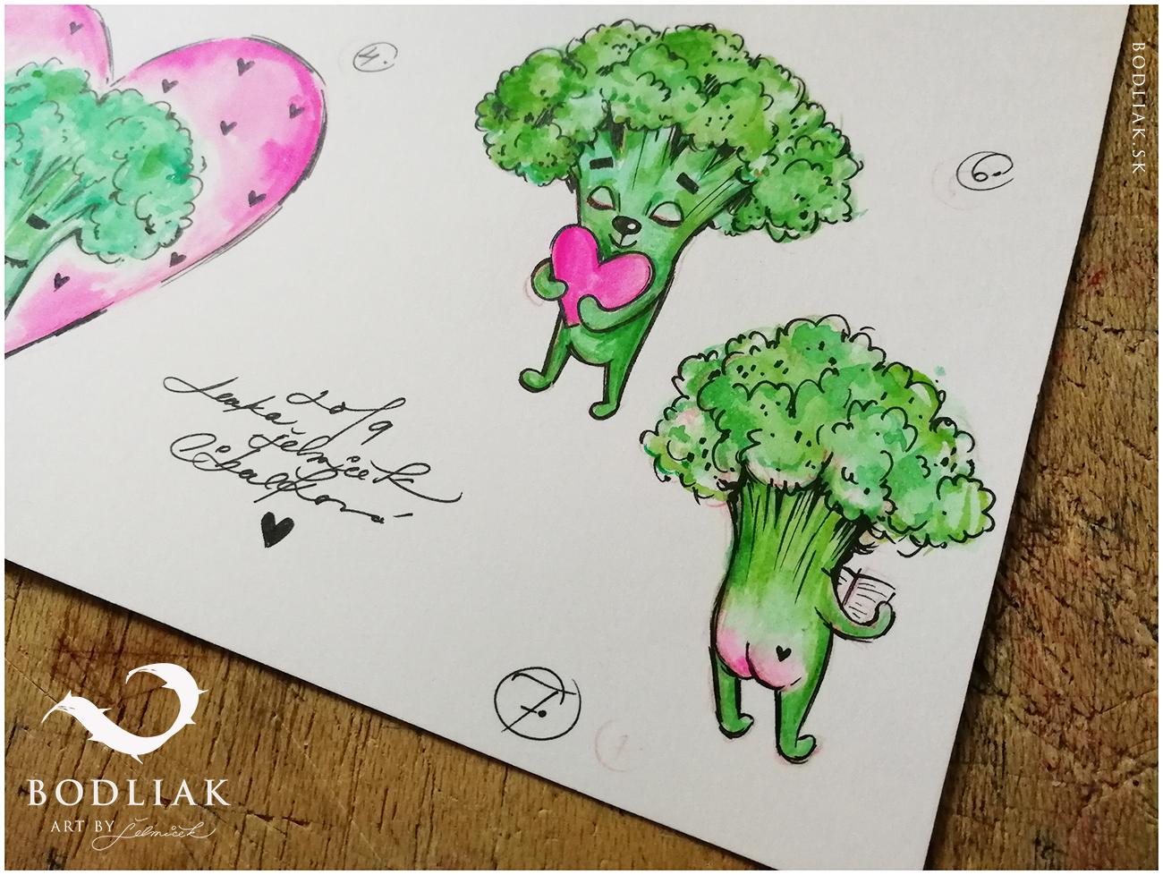 autor: Lenka Selmiček   Brokolička držiaca srdce  - 6,5cm x 5,5cm …  Brokolička s riťkou, čítajúca  - 5,5cm x 4,5c
