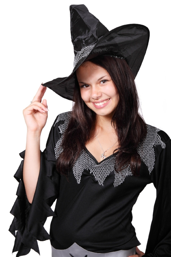 Who doesn't love to play dress-up?(Image c/o Pixabay)