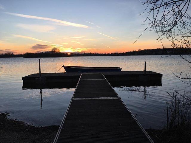 Sundown and the lake