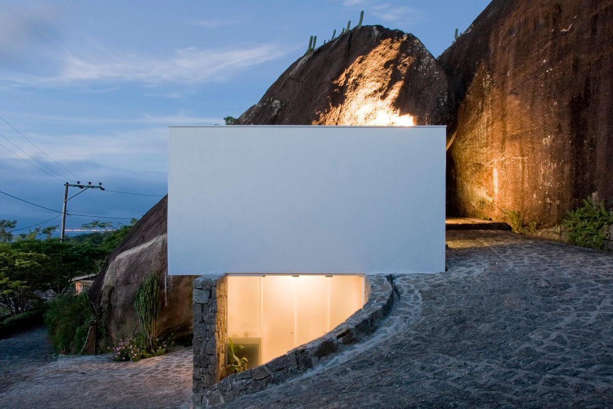 box-house-side.jpg