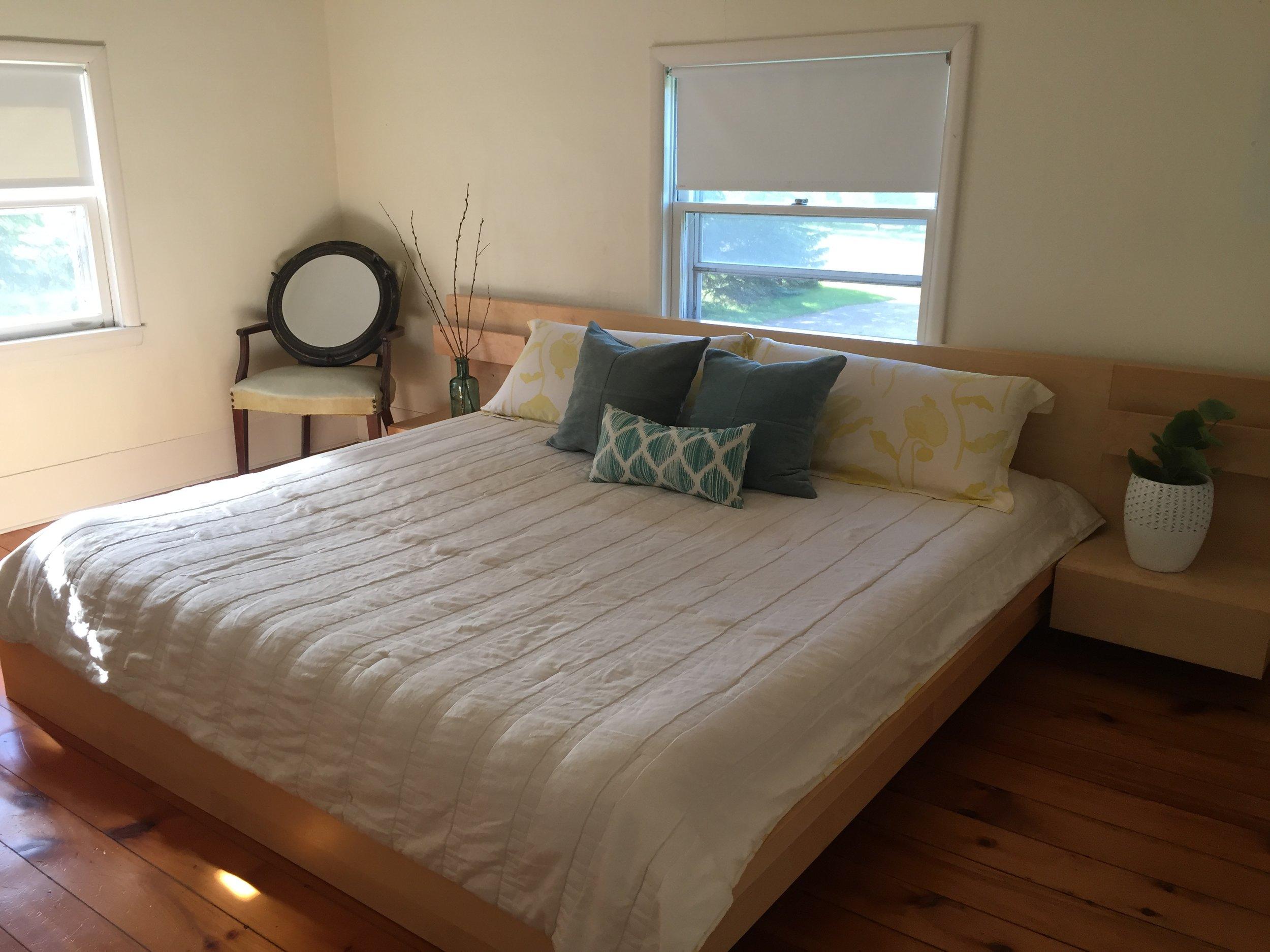 Master Bed 12.jpeg