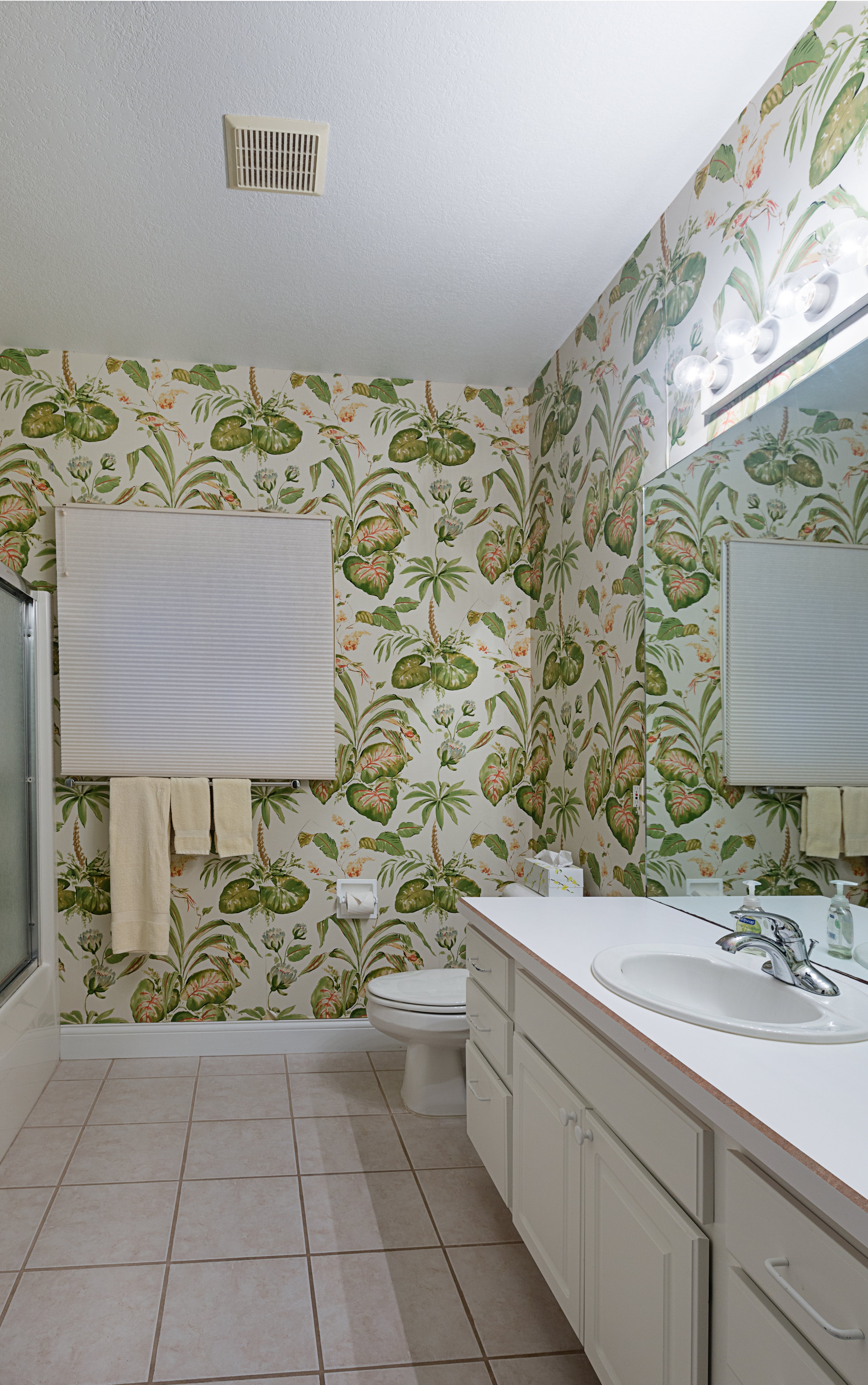 Bathroom2 - Copy.jpg