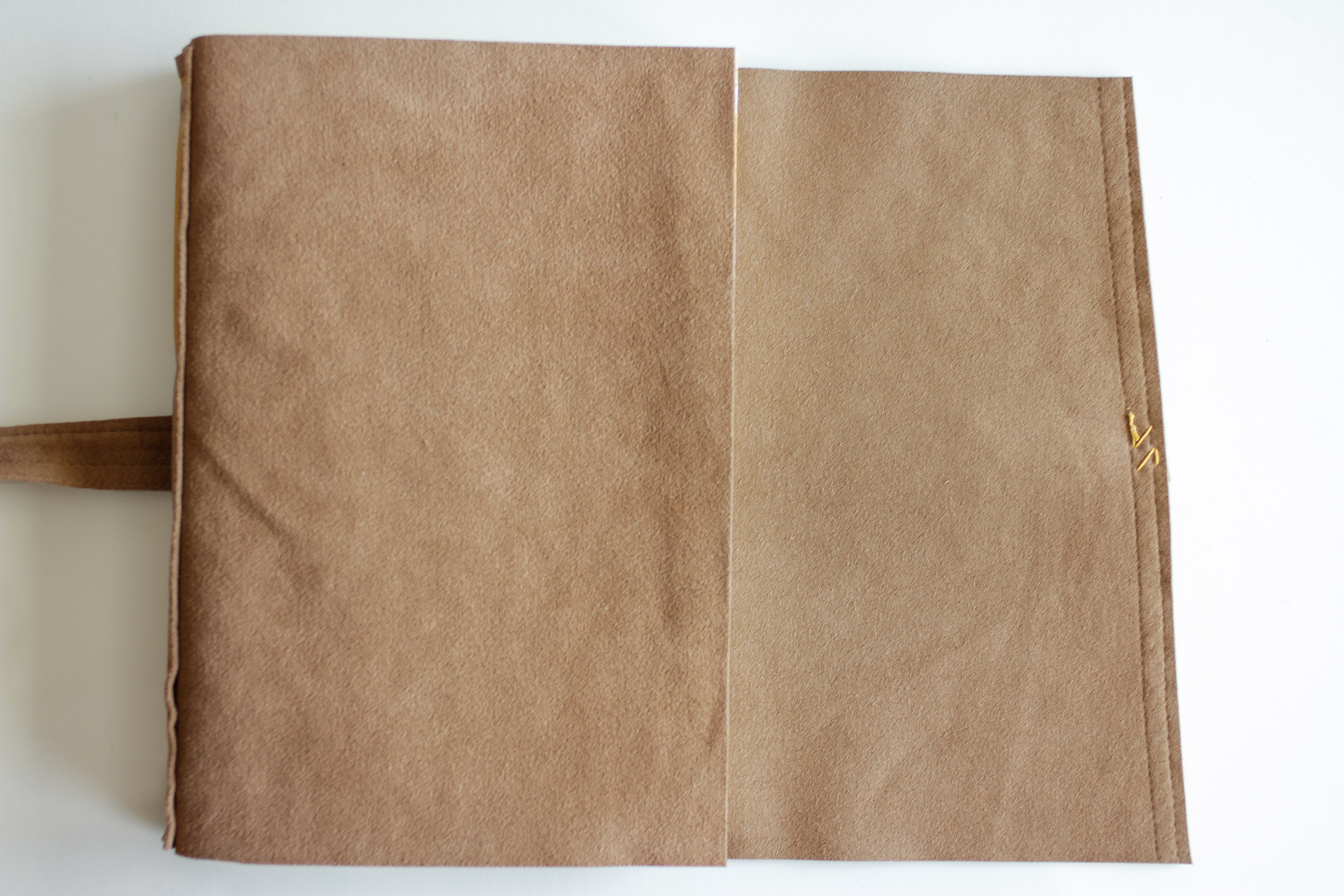 Leather Longstitch Watercolor Journal-11.jpg