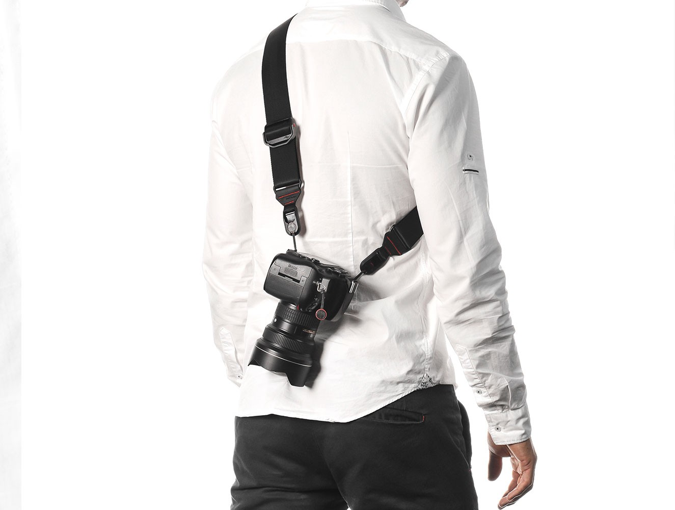 The Peak Designs system lets you wear your camera any way you like.