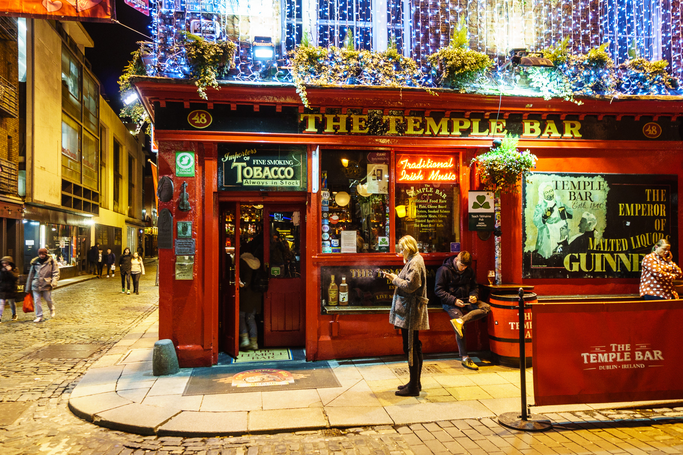 Temple Bar Night Smoker.jpg