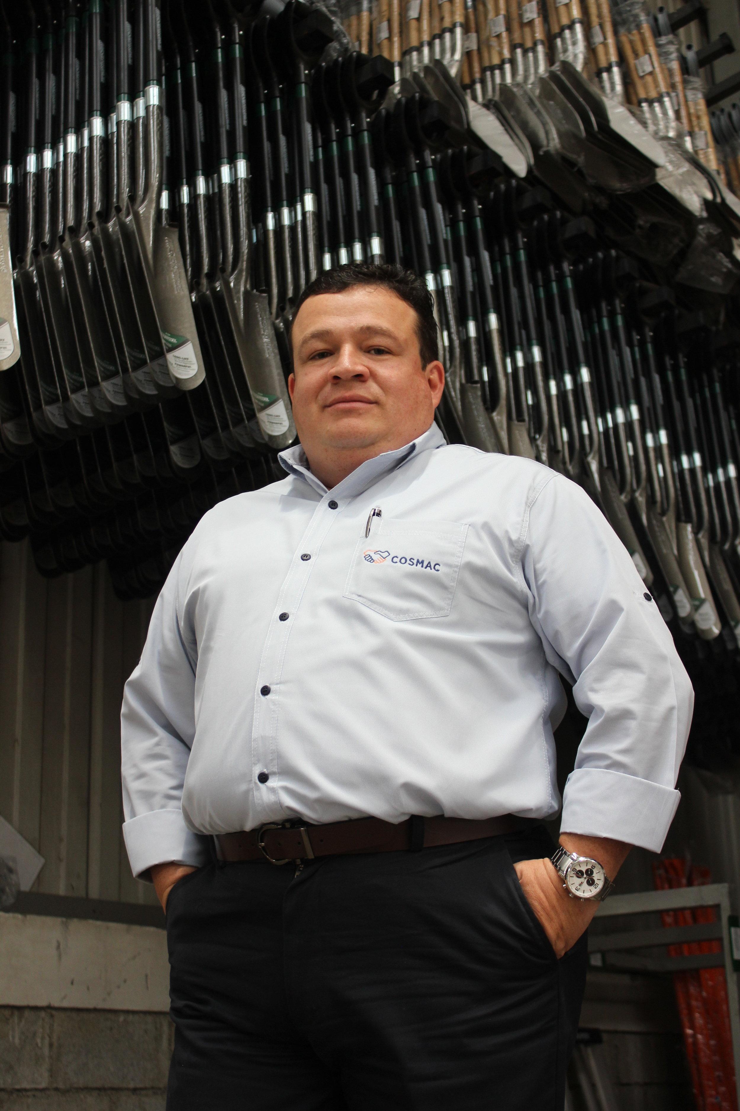 Javier Peñaranda, Gerente General Cosmac