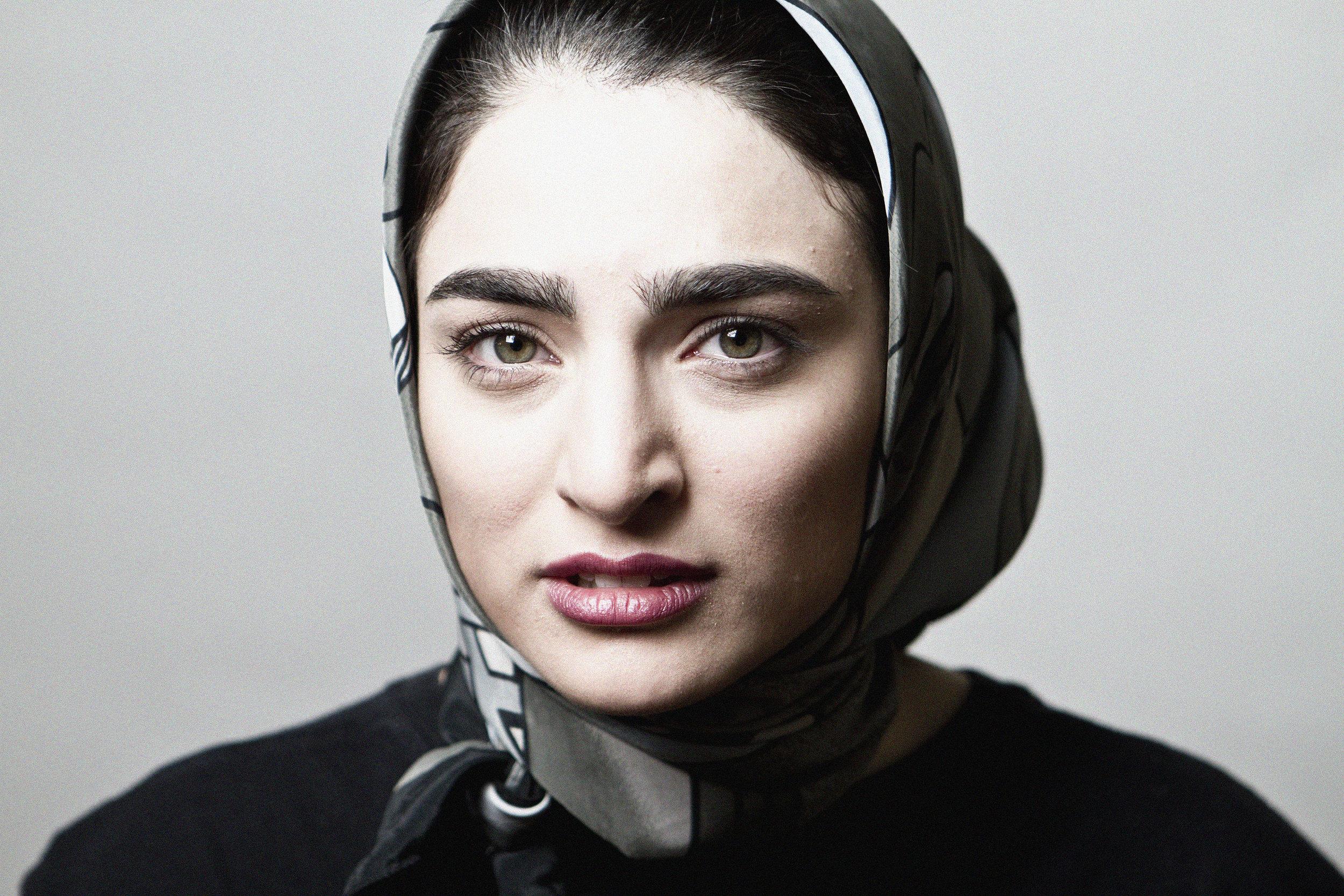 Bahar Beihaghi. Actor. Word- islamophobia