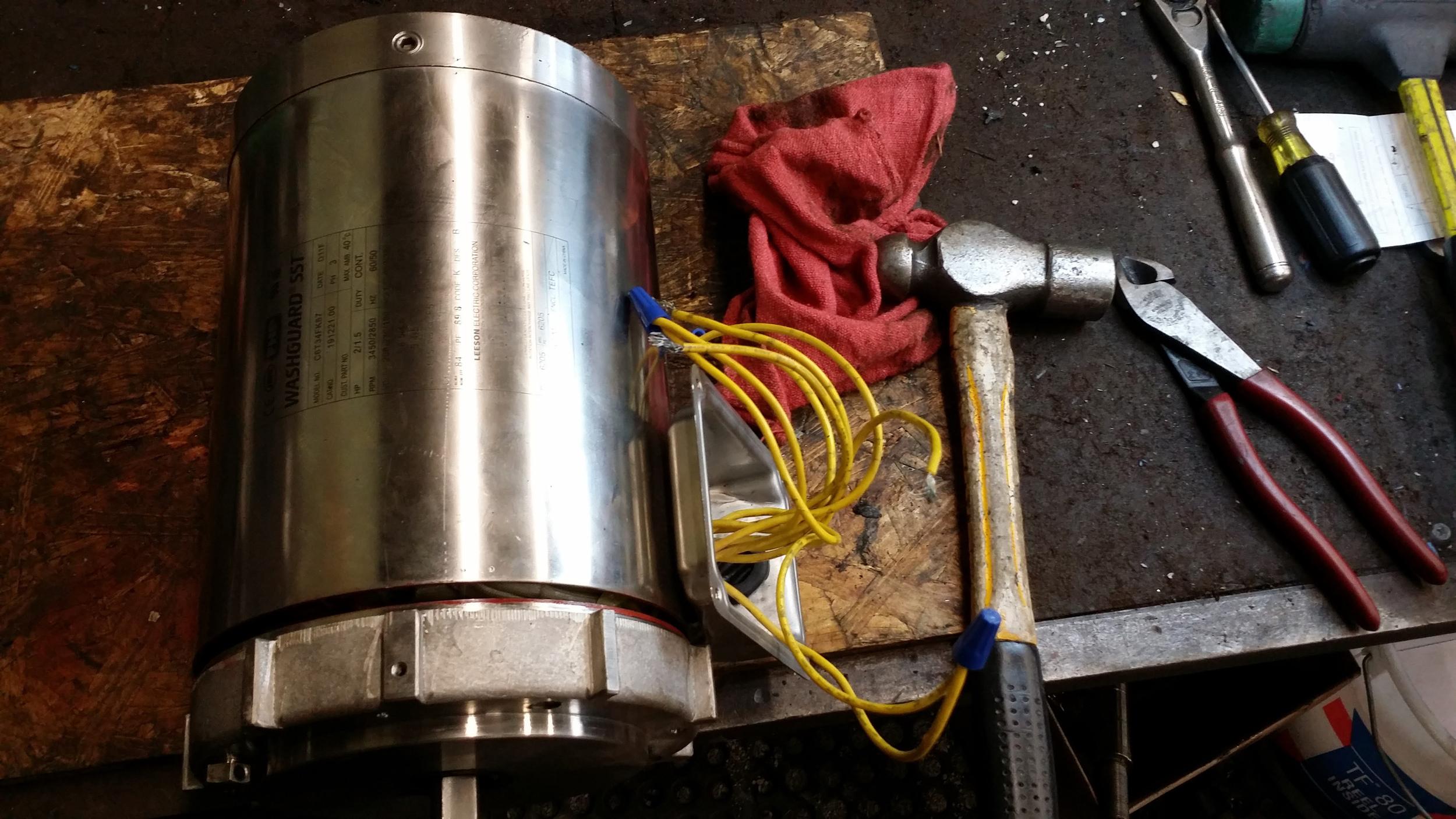 Repair-Leeson-Food-industry-motor-needed-new-bearing-1.jpg