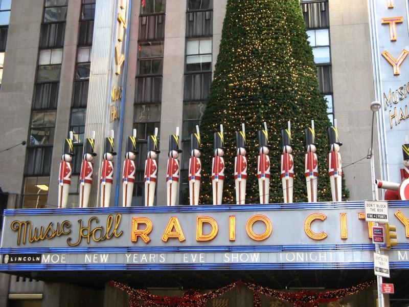 radio-city-for-christmas_2216791978_o.jpg