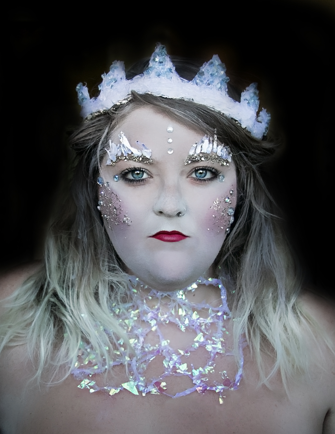 Say Yes To Jess makes ICE QUEEN look in Photoshoot Dream Session in Cincinnati.jpg