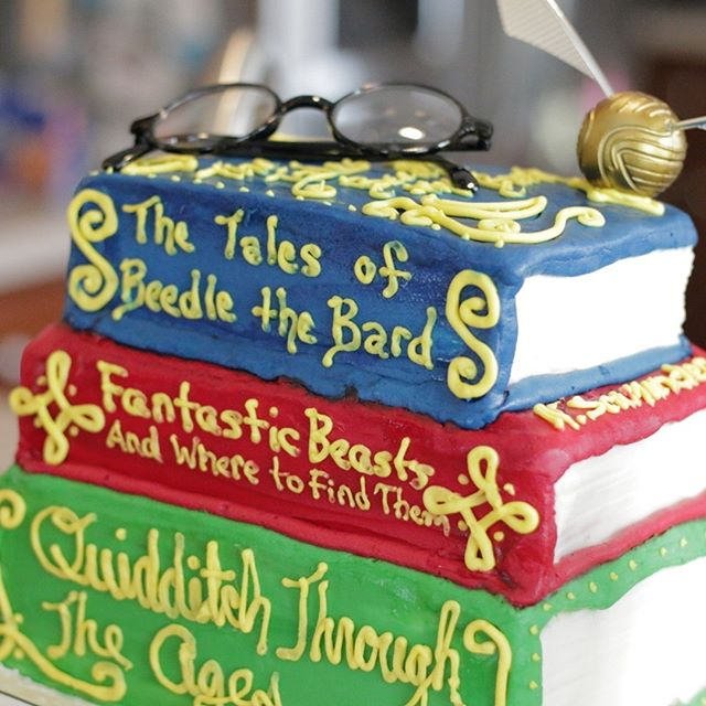How cool is this cake - my friend Leah is a master baker! She did one of my favourite Harry Potter Portion party cake ever ⠀⠀⠀⠀⠀⠀⠀⠀⠀ ⠀⠀⠀⠀⠀⠀⠀⠀⠀ #cake #kidbirthdayideas #birthdaycake #stemparty  #childhoodunplugged #clickinmoms #candidchildhood⠀⠀⠀⠀⠀⠀⠀⠀⠀ #magicofchildhood #mytinymoments #motherhoodinspired #harrypotter #parenthood_moments #littlepiecesofchildhood #instakid #wildandfreechildren #mumsofinstagram #momcommunity #momentsinmotherhood #watchthemgrow #inspiremothers #instamommy #raisingthefuture #documentyourdays #littlemomentsofhappiness #bloggermom #momliferocks #vsco_mom #momblog #momswhoblog⠀⠀⠀⠀⠀⠀⠀⠀⠀ #momsoninstagram