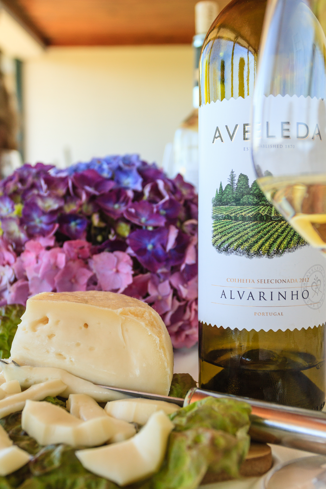 A new classic - Alvarinho from Vinho Verde with soft goat cheese  Photo: Lyn Farmer, all rights reserved