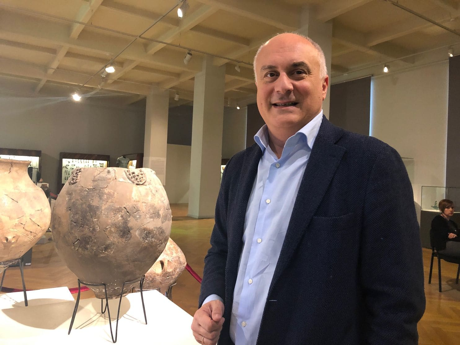 David Lordkipanidze, director of the National Museum of Georgia, with the Neolithic clay jar discovered in 2017 containing wine residue from 8,000 years ago. (Photo: The Washington Post)
