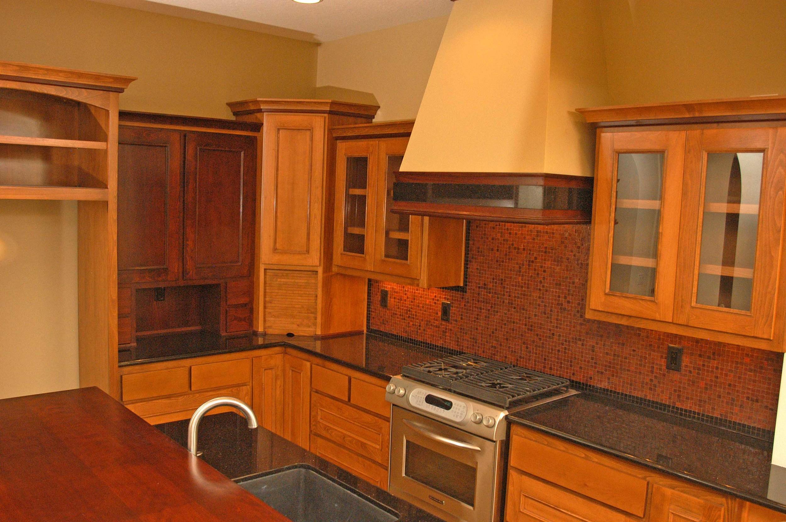 classic-traditonal-kitchen-design-ashland-or