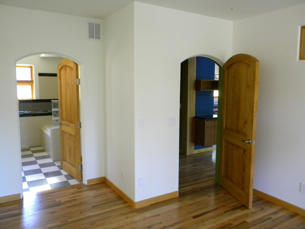 segmented-arch-door-design-ashland-house-historic-district