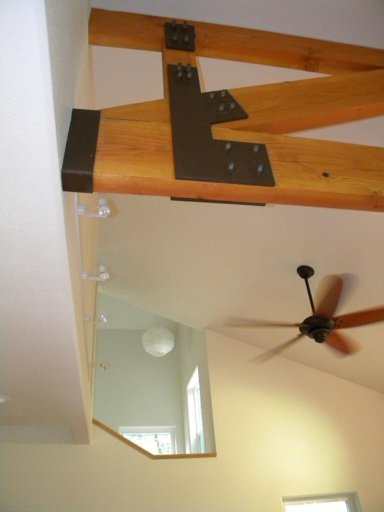 modern-home-design-heavy-timber-truss