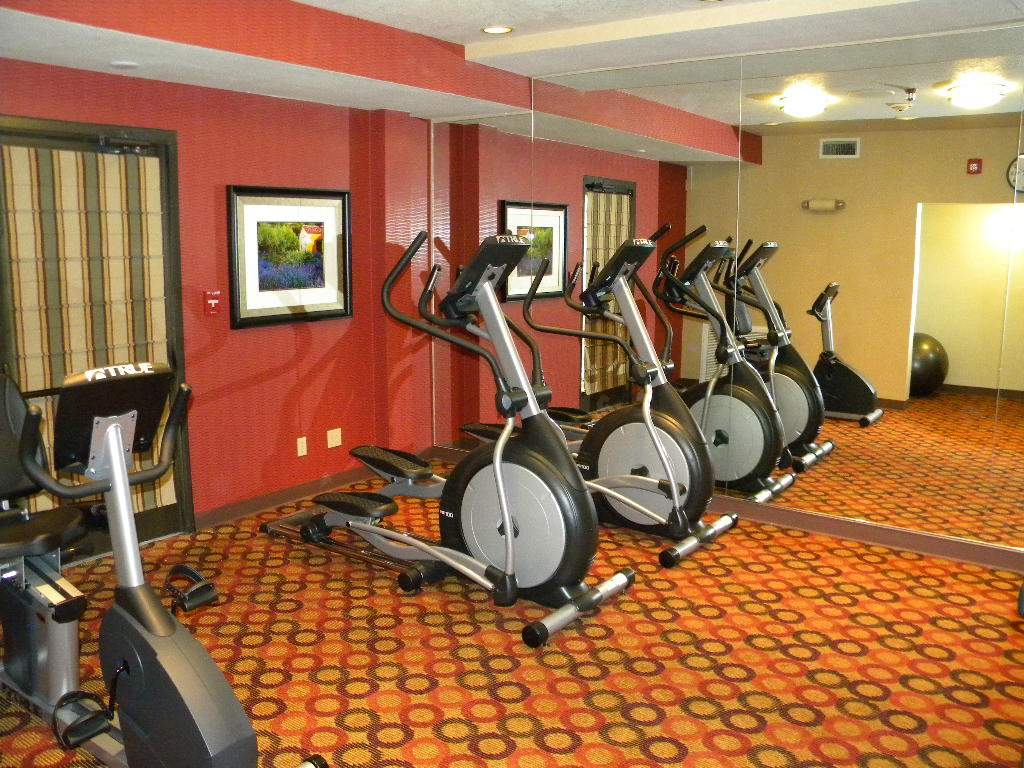 Holiday Inn, New Fitness Center Grants Pass, Oregon Heiland Hoff, Project Architect
