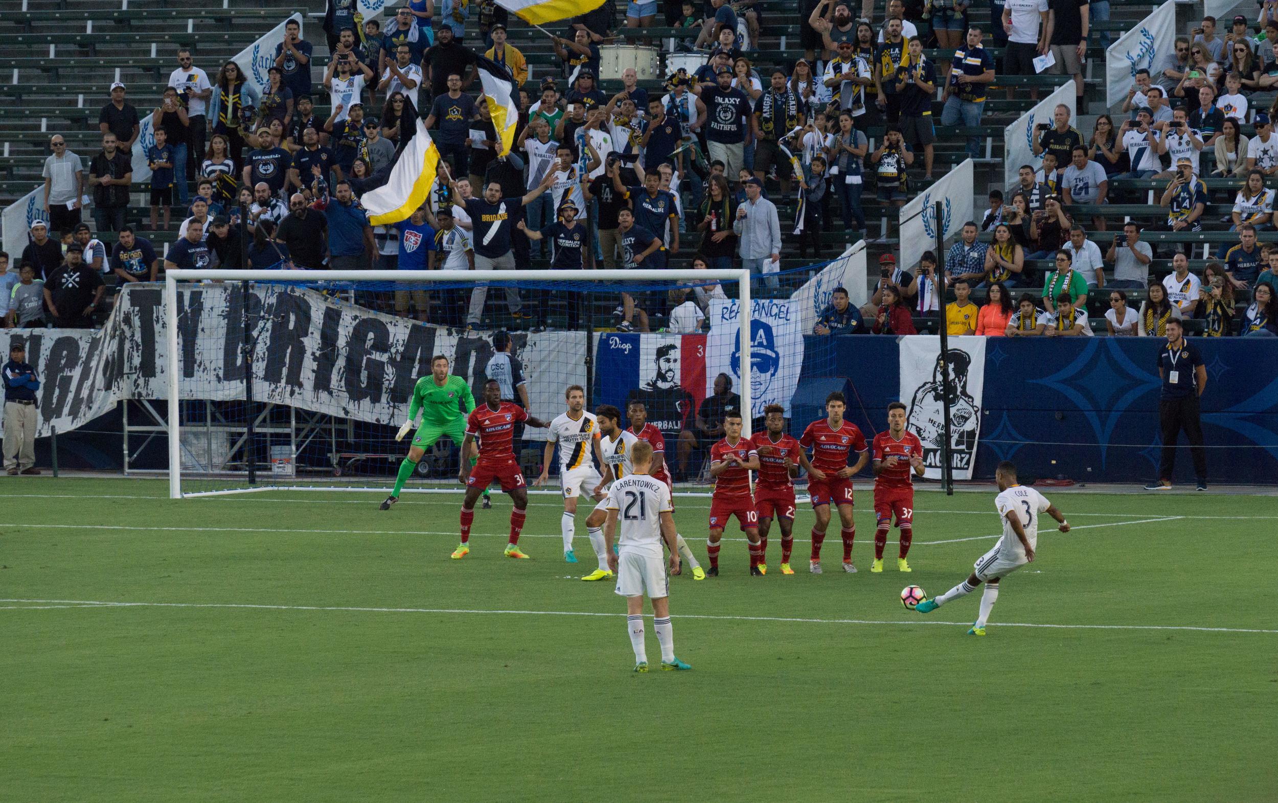 LA Galaxy - Ashley Cole Free Kick