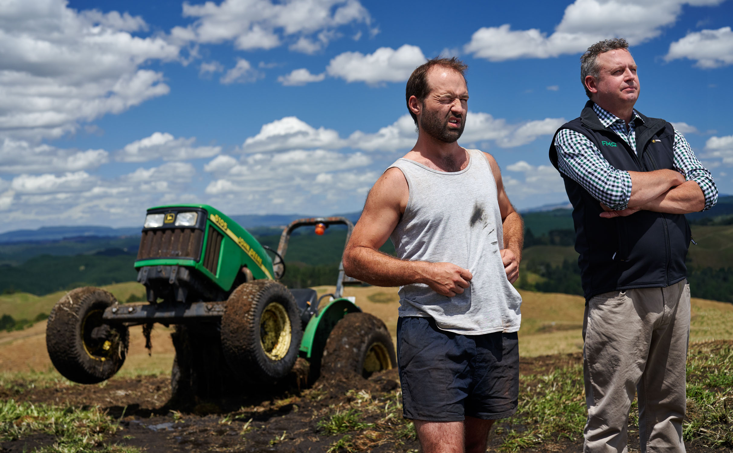 FMG_farmer with tractor stuck in mud with insurance adviser_Spid Pye_983__DSC7677_V2.jpg