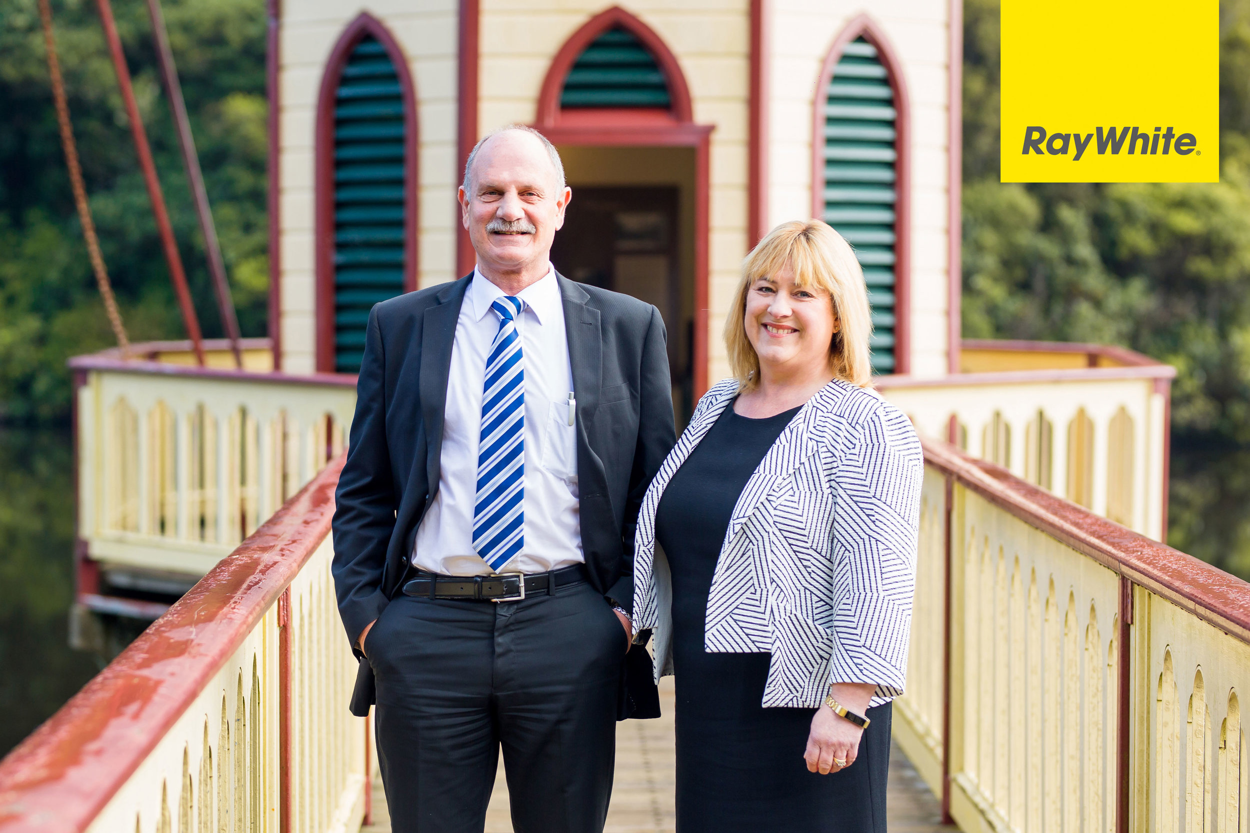 Andre & Julie - Ray White Karori