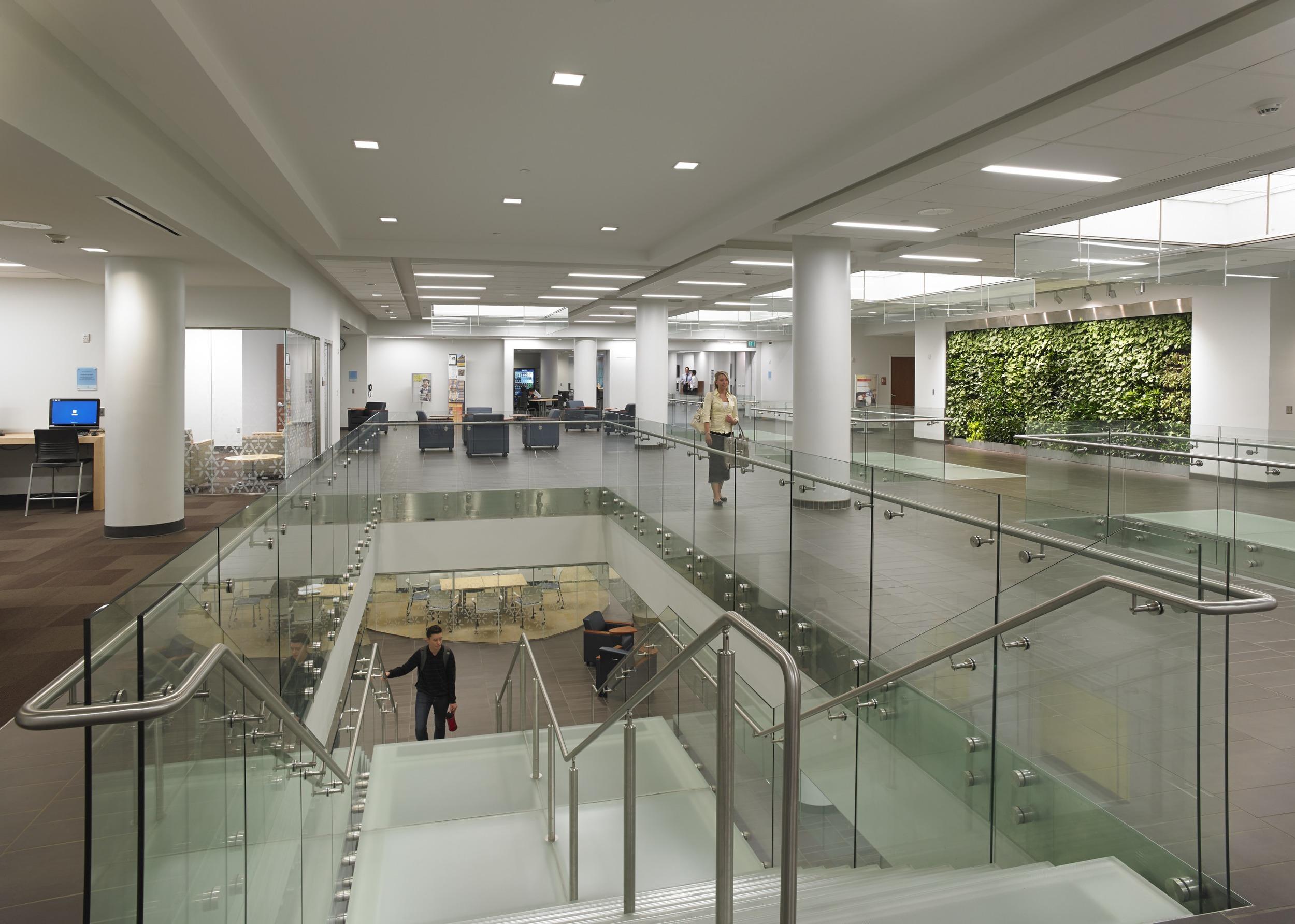 Canisius College / Science Building